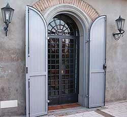 Officina brunelli cancelli in ferro battuto inferriate recinzioni cancelli di sicurezza - Cancelli di sicurezza per porte finestre ...